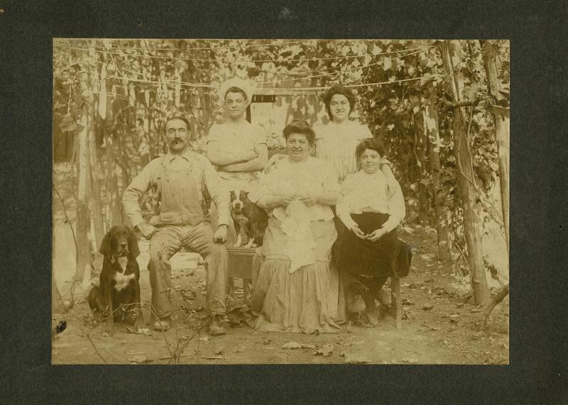 The Ponzillo Family in 1907