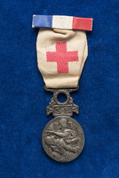 Alice Henderson's membership badge French Society for the Aid of Wounded Servicemen